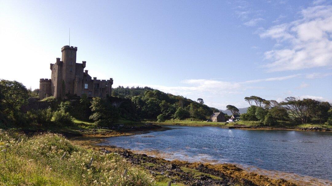 best-walking-routes-on-skye-dunvegan-castle